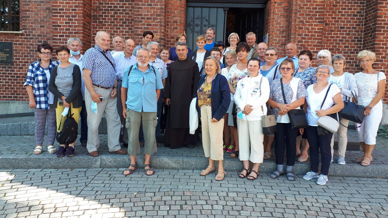 Seniorzy pielgrzymowali szlakiem Jana Pawła II