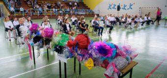 """Rozpoczęcie roku szkolnego 2020-2021 w oleskiej """"Dwójce"""""""