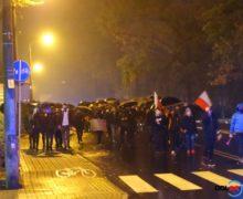 Drugi dzień strajku w Oleśnie. Dwugodzinny spacer w deszczu!