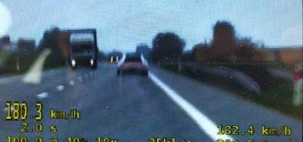 Kierowca porsche pędził 180 km/h na obwodnicy